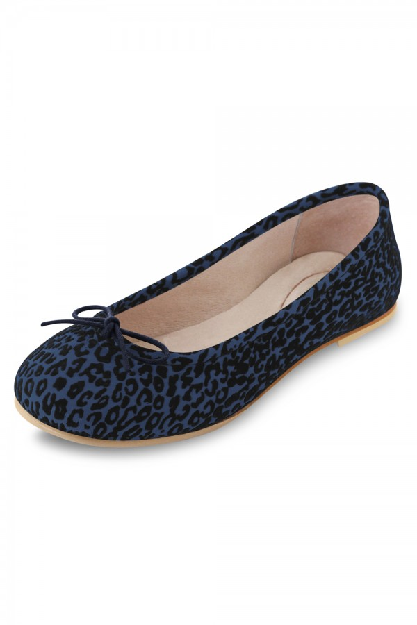 image -  ARABELLA LEOPARD Girls Fashion Shoes