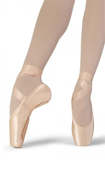 Superlative Pointe Shoes
